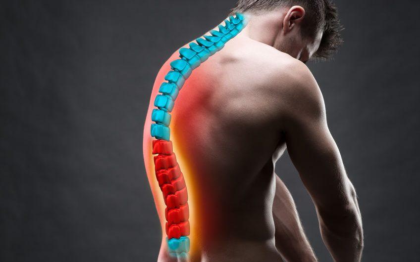 L'ostéopathie pour prévenir et traiter la cyphose