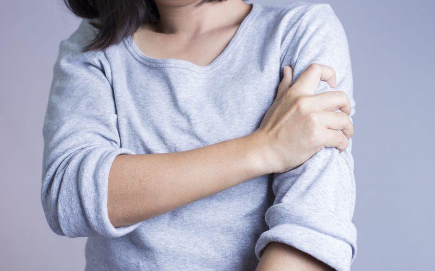 Une douleur au bras gauche : et si vous en parliez à votre ostéopathe ?